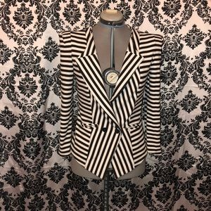 F21 striped strong shoulder jersey blazer S/M